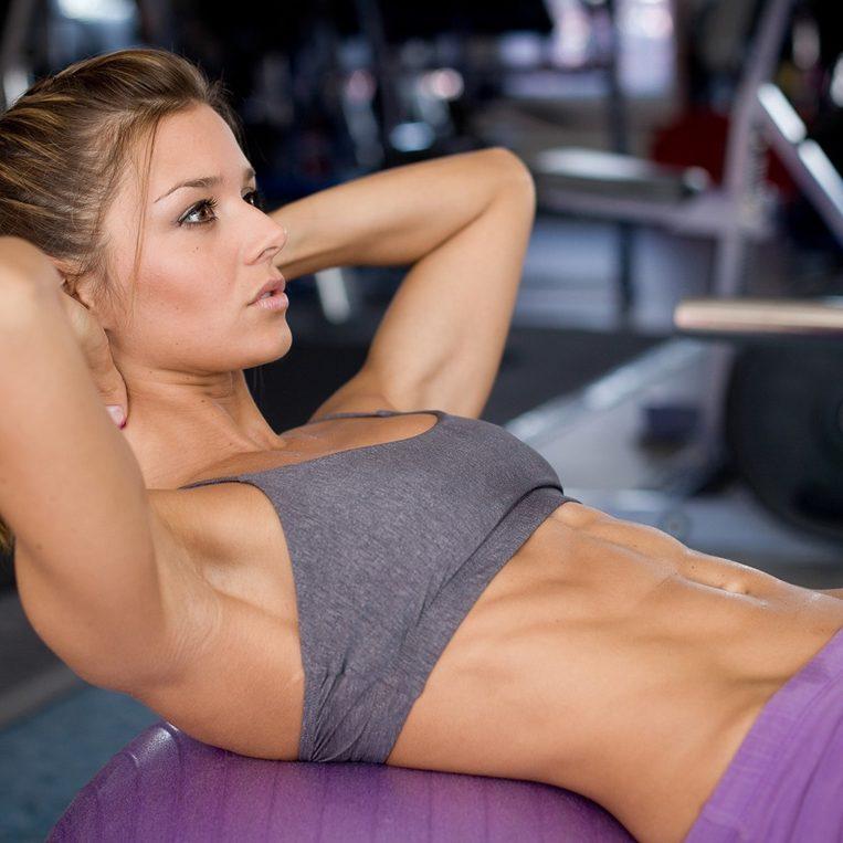 фитнес-упражнения для похудения живота и боков